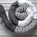 ToTs by Smartrike 410123 Snake Coussin pour lit de bébé Forme de serpent Noir de la marque ToTs by Smartrike image 2 produit